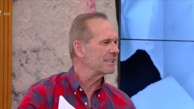 Πέτρος Κωστόπουλος: Δεν φαντάζεστε πώς εμφανίστηκε στην εκπομπή του! (βίντεο)