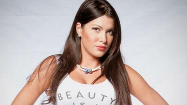 Έλληνας ηθοποιός αποκαλύπτει: «Ήξερα ότι η Κλέλια Ρένεση είναι έγκυος»