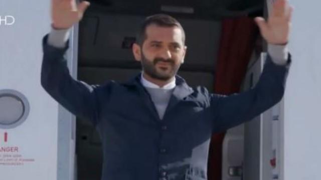 MasterChef: Θεός ο Κουτσοπουλος! Κατέβηκε από το αεροπλάνο σαν άλλος Παπανδρέου!