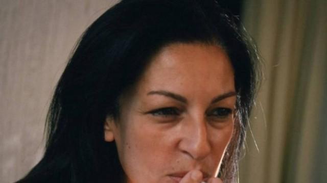 Μυρσίνη Λοΐζου: Βόμβα! Εισέπραττε παράνομα τη σύνταξη της νεκρής μητέρας της!