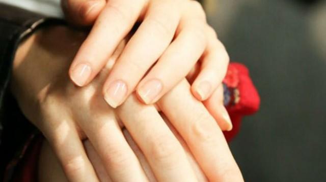 8 tips για να έχεις πάντα τέλεια νύχια!
