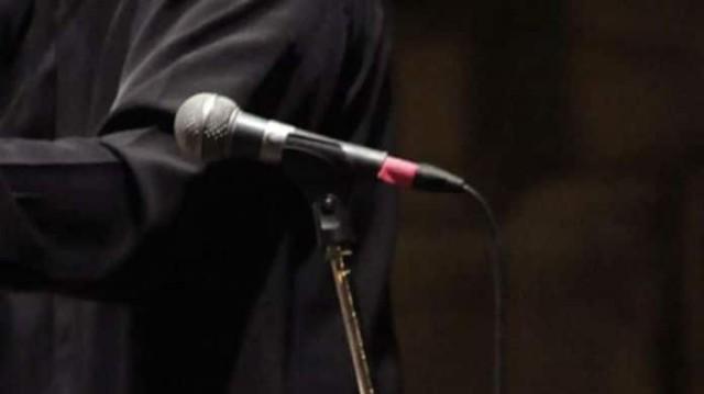 Διαζύγιο βόμβα στην showbiz! Πασίγνωστος τραγουδιστής χωρίζει για μια πιτσιρίκα!