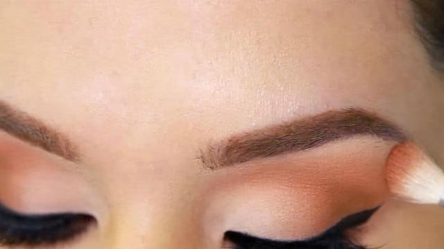 3 κορυφαία tips μακιγιάζ για μικρά μάτια!