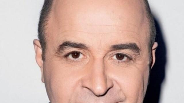 Έλληνα ηθοποιός σοκάρει: «Ο Σεφερλής μου έριχνε αληθινά χαστούκια στη σκηνή!»