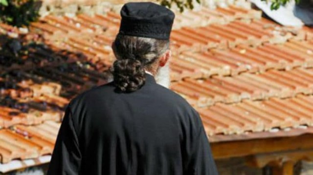 Σοκ! Γεωργιανό μοντέλο έγινε παπάς σε ελληνικό μοναστήρι!