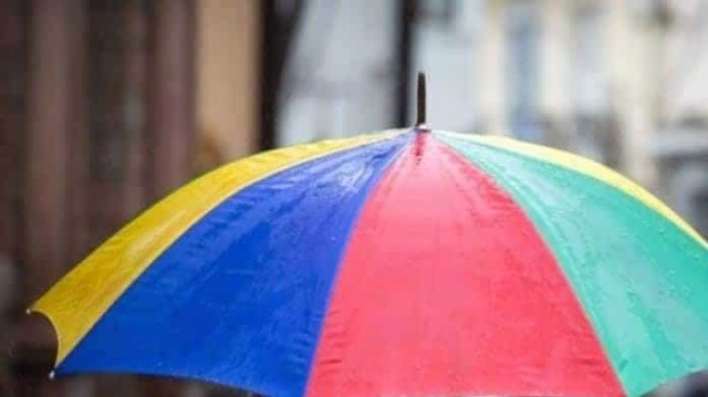 Χαλάει ο καιρός: Βροχές, καταιγίδες, με συννεφιά, αλλά και άνοδο της θερμοκρασίας!