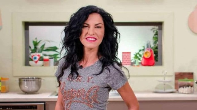 Ελένη Ψυχούλη: Ξεχάστε την μελαχρινή! Η τεράστια αλλαγή στα μαλλιά της!