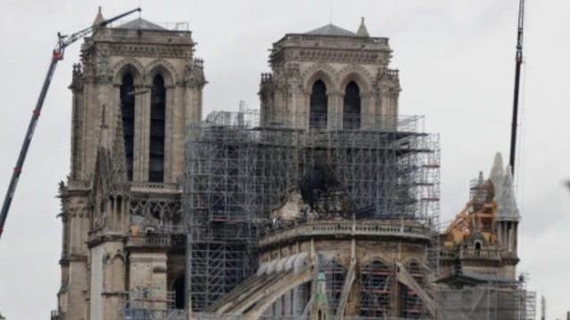 Σοκ: Η Παναγία των Παρισίων μπορεί να καταρρεύσει από στιγμή σε στιγμή!