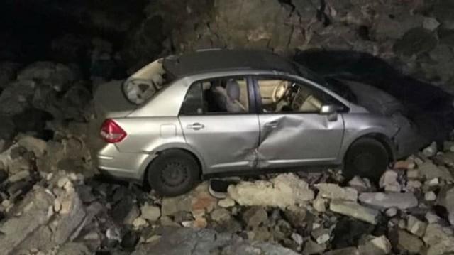 Τροχαίο σοκ στο Ηράκλειο! Αυτοκίνητο έπεσε στα βράχια!
