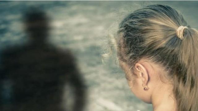 Φρίκη στον Βόλο: 12χρονο κορίτσι περιγράφει λεπτομερώς την αποπλάνηση του από ηλικιωμένο!
