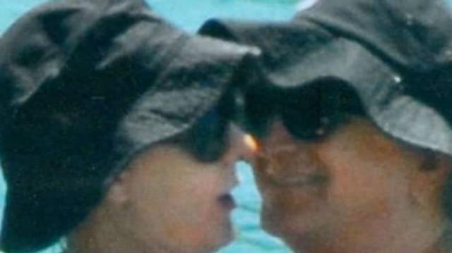 Αννίτα Πάνια: Τα πιασίματα με το Νίκο Καρβέλα στη θάλασσα!