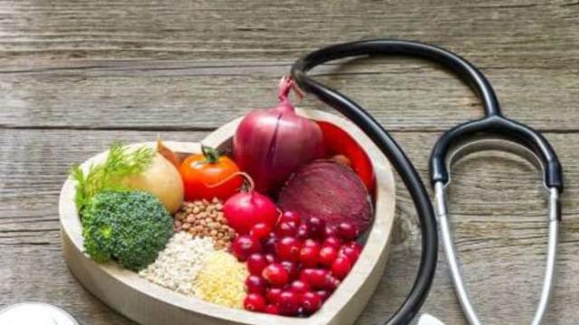Έχετε αυξημένη χοληστερόλη; Με αυτό το πρόγραμμα διατροφής θα κατέβει στα φυσιολογικά επίπεδα!