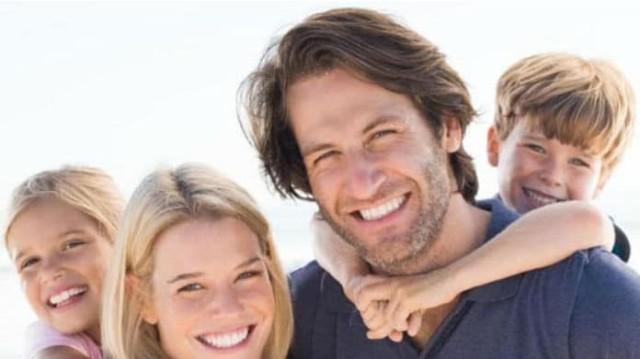Οι πέντε συνήθειες των γονιών που δεν ζηλεύουν καθόλου τα παιδιά!