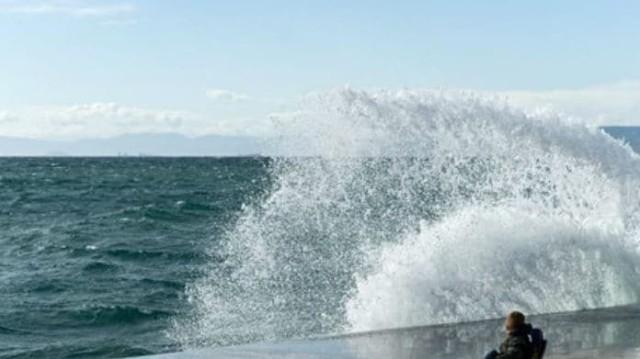 Έκτακτο δελτίο καιρού! Έρχονται άνεμοι 7 μποφόρ - Χαμός με τα πλοία!