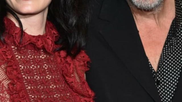 Νέο ζευγάρι «βόμβα» στην showbiz; Η πασίγνωστη ηθοποιός είναι 20 χρόνια μικρότερη του!