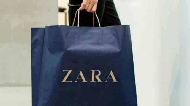 ZARA: Αυτό το φόρεμα θυμίζει ζέβρα και είναι ανάρπαστο! Κοστίζει λιγότερο από 30 ευρώ!