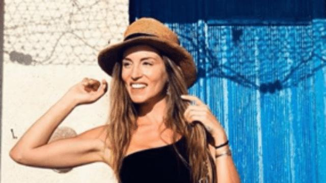 Αθηνά Οικονομάκου: Κολυμπάει δίπλα στα ψάρια και μας δείχνει το κορμί της!