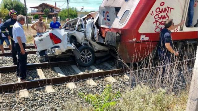 Ασύλληπτη τραγωδία στα Διαβατά: Νεκρή έγκυος γυναίκα μετά από σύγκρουση τρένου με αυτοκίνητο!