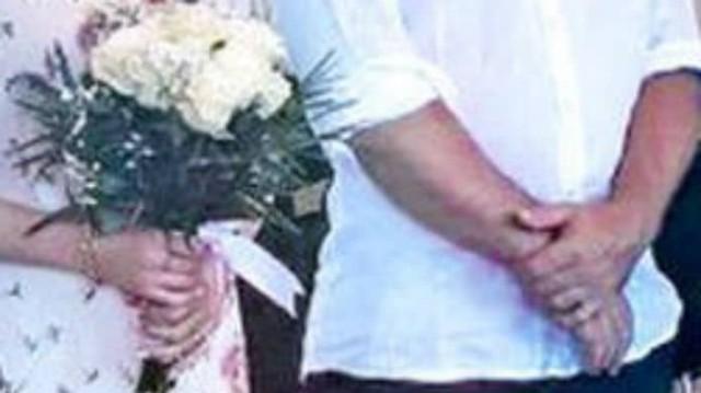 Γάμος έκπληξη στην ελληνική showbiz! Οι πρώτες φωτογραφίες από τον κρυφό μυστήριο!