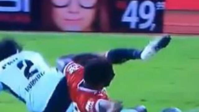 Φρικτός τραυματισμός για ποδοσφαιριστή! Σκληρές εικόνες!
