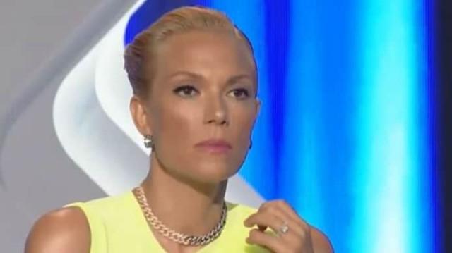 Απίστευτη ατάκα από πασίγνωστο Έλληνα - «Η Βίκυ Καγιά είναι η εγγονή της Τασσώς Καββαδία»!