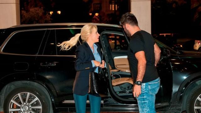 Ελένη Μενεγάκη: Μυστικό ραντεβού σε ξενοδοχείο! Αποδεικτικά κατευθείαν από τους φωτογράφους!