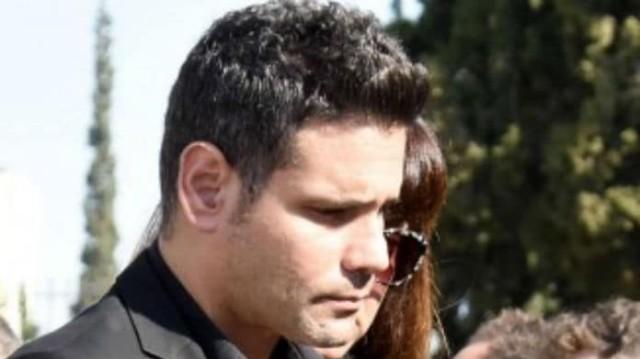 Δημήτρης Ουγγαρέζος: Η πρώην σύντροφος του δεν πήγε στην κηδεία της μητέρας του! Δεν το παρατήρησε κανείς!