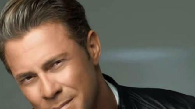Χρήστος Χολίδης: Στα δικαστήρια ο τραγουδιστής! Διεκδικεί 170.000 ευρώ από...