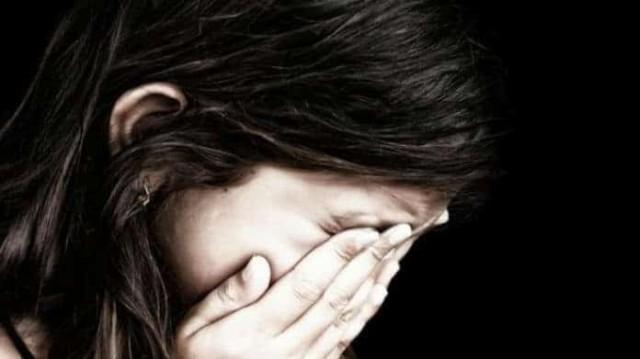 Φρίκη στην Κρήτη! Αδίστακτος πατέρας βίαζε επί 15 χρόνια την κόρη του!