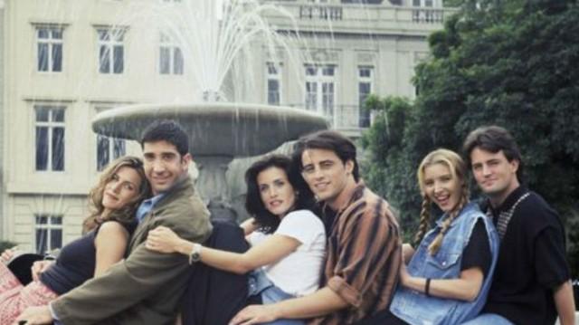 Τα Φιλαράκια: Τρομερή αποκάλυψη 16 χρόνια μετά το τέλος της σειράς! Αυτό το «τελετουργικό» είχαν οι πρωταγωνιστές σε κάθε επεισόδιο!