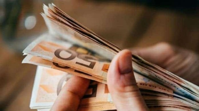 17.000 € επιδότηση για χιλιάδες Έλληνες! Ποιοι την δικαιούστε;