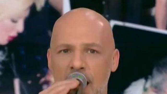 Η αφιέρωση του Νίκου Μουτσινά στην Μαρίνα Πατούλη - Το τραγούδι στην εκπομπή που ξεσήκωσε