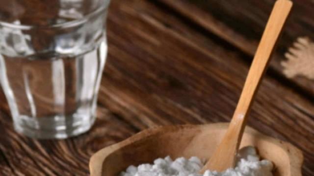 Έχετε άσχημες μυρωδιές στην ντουλάπας σας; Η μαγειρική σόδα θα σας σώσει