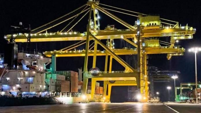 Τραγωδία Πειραιάς: Αυτοψία για τον άτυχο εργάτη που χτυπήθηκε από γερανογέφυρα και έχασε την ζωή του ακαριαία