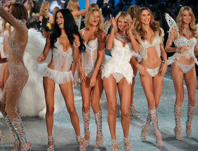 Victoria's Secret models: Αυτό είναι το smoothies που πίνουν τα καλλίγραμα μοντέλα και αδυνατίζουν!
