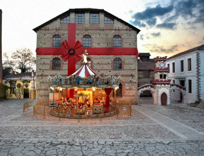 Μαγεία: Οι πόλεις-στολίδια της Ελλάδας με τις ομορφότερες χριστουγεννιάτικες αγορές (Photos)
