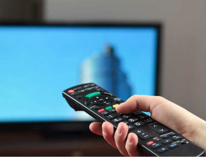 Είναι οριστικό! Κόβεται αγαπημένη εκπομπή της ελληνικής τηλεόρασης -Ο λόγος για...