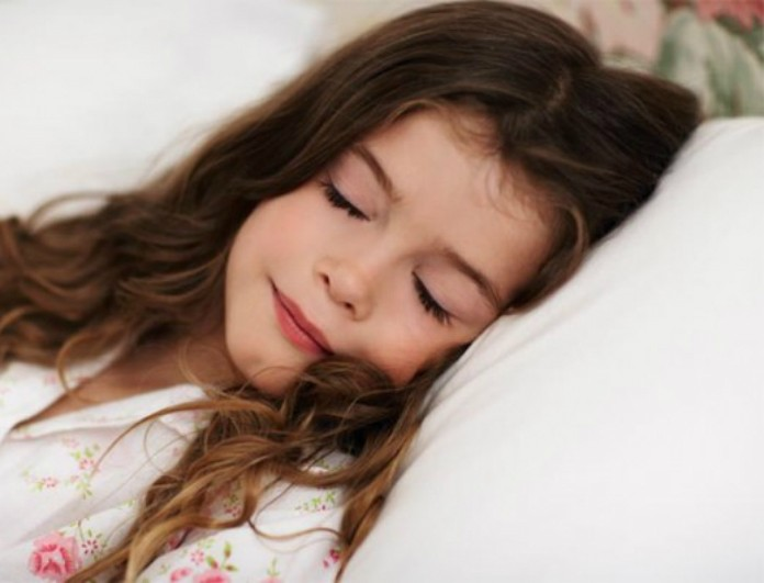 how-much-sleep-does-my-child-need1-e1383209846294
