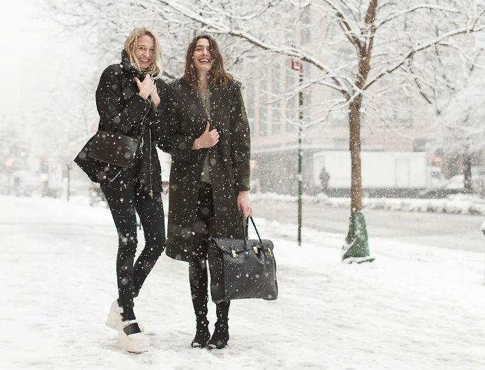 8 μοντέρνα looks για να φορέσεις όταν έξω χιονίζει! - STREET FASHION - YOU  WEEKLY f666ca9d3e0