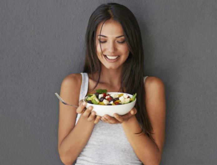 Το γνωρίζατε; Οι 6 τροφές που μπορείτε να φάτε απεριόριστα χωρίς να παίρνετε γραμμάριο!