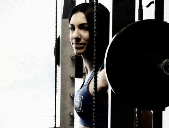 Συνέντευξη Στέλλα Σμαραγδή στο Youweekly.gr: «Τα φέρνει όλα …Τούμπα»
