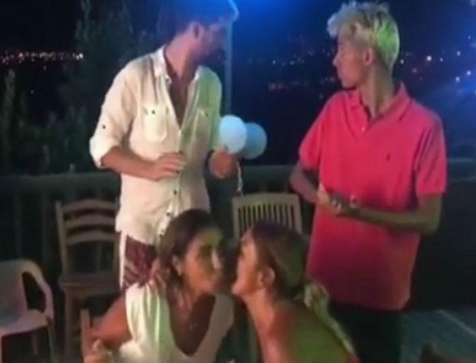 Σοκαριστικό βίντεο από τον φονικό σεισμό: Με το που έσβησε τα κεράκια γενεθλίων