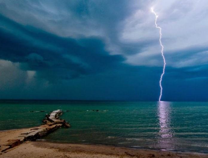 Έκτακτο δελτίο επιδείνωσης καιρού: Καταιγίδες και ισχυροί άνεμοι!