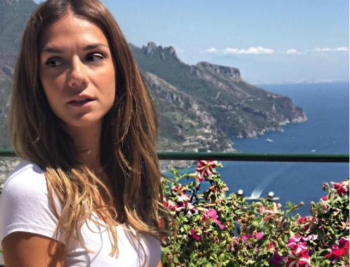 Βάσω Λασκαράκη: Οι διακοπές στην Ιταλία και η φωτογραφία με το καυτό της μαύρο bikini στο σκάφος!