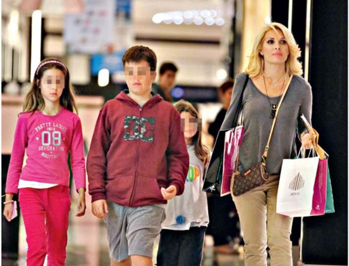 78c765e0161c Η Ελένη Μενεγάκη μας έδειξε το κολατσιό που δίνει στα παιδιά της για το  σχολείο! Κλασική Ελληνίδα μάνα! - News - Youweekly