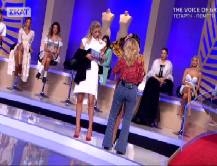 My style rocks: Η Αλεξάνδρα Κατσαΐτη σηκώθηκε και «έγδυσε» παίκτρια! Η απίστευτη δυσανασχέτηση της κοπέλας μπροστά σε όλους!(βίντεο)