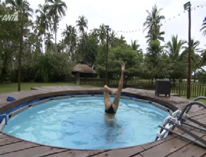 Nomads: Η Ευαγγελία μάγεψε με τις πιρουέτες της μέσα στο νερό! Απολαύστε την! (βίντεο)