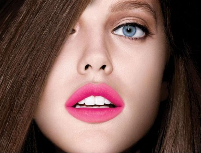 «Μουτζουρωμένα» χείλη: Η νέα τάση της σεζόν! Θα το τολμήσεις;
