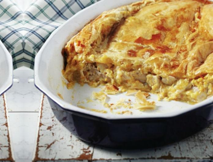 Η συνταγή της ημέρας: Εύκολη κοτόπιτα με λαχανικά!