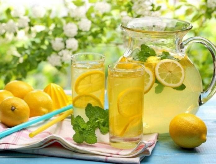 Κι όμως είναι η τέλεια λύση! Η λεμονάδα που θα σας βοηθήσει με το φούσκωμα από το εορταστικό τραπέζι!
